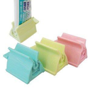現貨~日本製 牙膏 洗面乳 軟管用品 收納架 共三色
