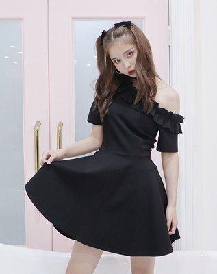 【黑店】原創設計訂製款黑色洋裝 荷葉邊露肩洋裝 自帶choker露肩洋裝 宴會洋裝小黑裙 個性洋裝 SG109