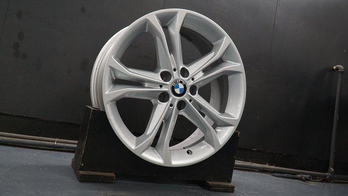 國豐動力 BMW X1 F48 原廠18吋鋁圈 現貨供應 ET22 7J 5x112 代號 STY688 G01歡迎洽詢