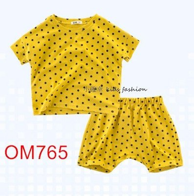 小確幸衣童館OM765 女童短袖圓領落肩點點芥末黃 寬鬆波點套裝組(上衣+褲)