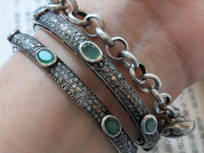 印度老珠寶《甄藏》925純銀鑲真鑽天然祖母綠,手鐲一對。