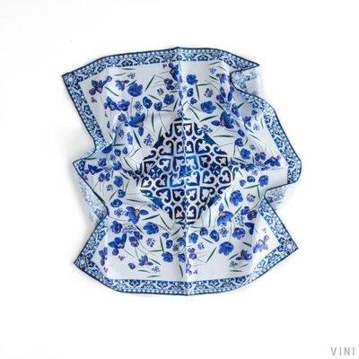 VINI  真絲斜紋綢中方巾 巴黎戀曲之蝴蝶蘭