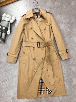 Burberry 風衣 大衣,切爾西版型-長款 - Heritage Trench ,利落修身剪裁的 Trench 風衣(The Chelsea)