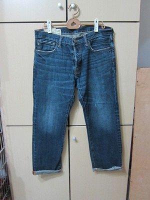 衣市藍~Abercrombie&Fitch 排釦直筒牛仔褲 (W32~L32~) (307) (191118)