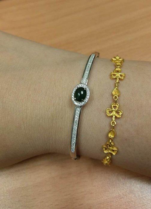 天然緬甸翡翠A貨 冰藍水蛋面 翡翠  s925銀手環,刻s925
