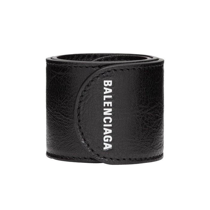 [全新真品代購-F/W18 新品!] BALENCIAGA 黑色皮革 LOGO 手環