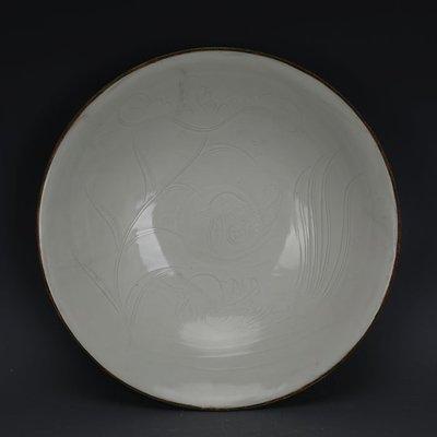 ㊣姥姥的寶藏㊣ 宋定窯雕刻鴛鴦戲水紋包金邊大號碗  出土文物古瓷器古玩收藏擺件