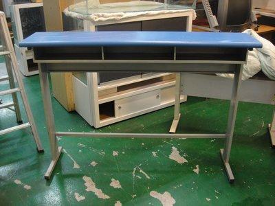 二手家具宏品 台中全新中古傢俱 E506*二手三人補習班桌 課桌椅 兒童書桌椅 電腦桌椅*2手桌椅拍賣 辦公桌椅 工作桌