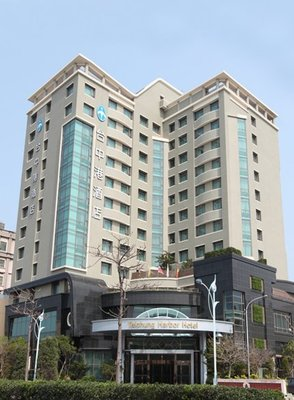 台中港酒店雅緻雙人房一大床平日2700元含早餐2客其他房型也優惠