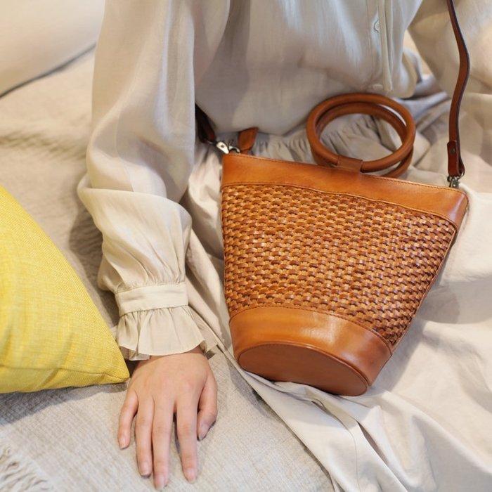 復古手提真皮水桶包手工編織包頭層牛皮女斜挎包大容量森係單肩包