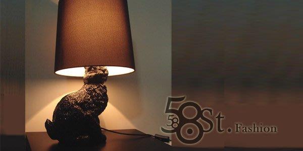 【58街】義大利設計師款式「Rabbit Lamp兔子,黑、白兔布罩台燈」檯燈,複刻版。GL-089