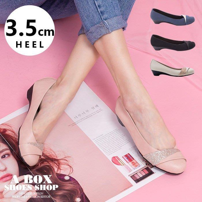 格子舖*【ANDW1726】OL上班必備 摺疊設計素面楔型坡跟圓頭包鞋 娃娃鞋 4色