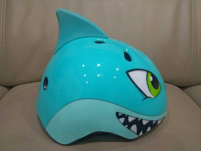 CORSA 兒童安全帽 自行車帽  鯊魚頭盔 size:s