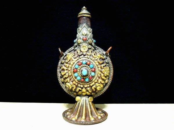 清朝西藏銅鎏金八吉祥鼻煙壺-法利堂-直購價158000元.保證真品