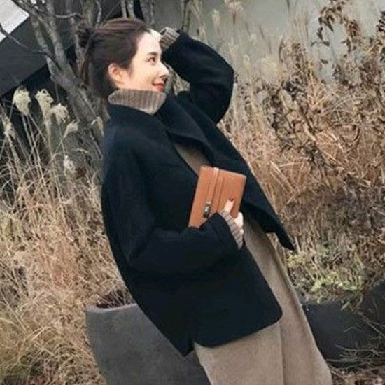 自留款 夾克 輕巧繭型羊絨夾棉保暖短版小外套 艾爾莎【TAE8071】