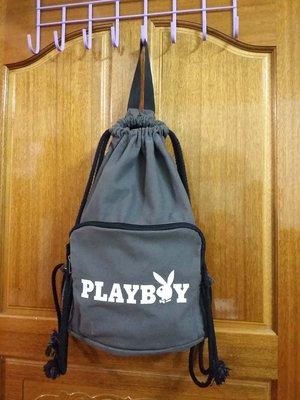 ♥0927♥ PLAYBOY- 束口式 厚帆布 後背包 側背包 束口袋【深灰色】現貨