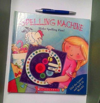 國外帶回英語兒童書  單字 。有趣易背單子 Spelling Machine 無塗鴉無缺頁 書況良好 無破損劃記 7-8成新
