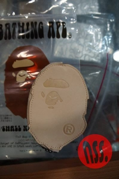 「NSS』A BATHING APE BAPE APE HEAD COIN CASE 牛革 牛皮 零錢包 原色 黑色