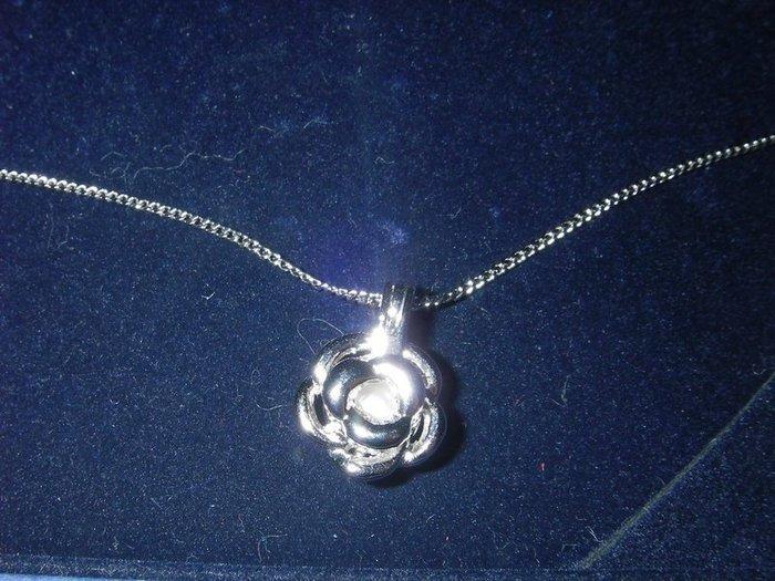 玫瑰花珍珠項鍊