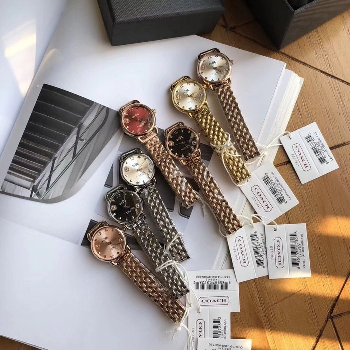 NaNa代購 COACH 手錶 花朵鑲嵌錶面 百搭超美 石英手錶 生活防水 附購證 禮品盒