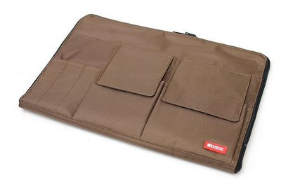 【優力文具】日本LIHIT LAB. A4多功能分類收納包(A-7554 薄型袋中袋)*棕色