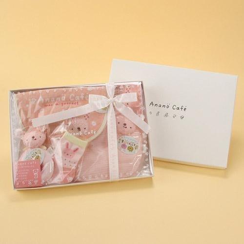 *新品上市*日本 人氣 Anano Cafe 可愛 彌月 5件式 小禮盒 (枕頭/手帕/圍兜/襪子/玩具)