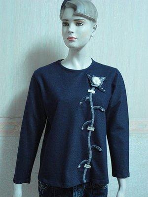 一元起標~ONLY-I專櫃~浮雕立布花朵設計棉T上衣~SIZE:F