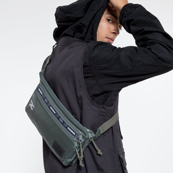 【美國鞋校】現貨 Eastpak x NEIGHBORHOOD Sling Bag 郵差包 肩包 EK85EA67 綠色