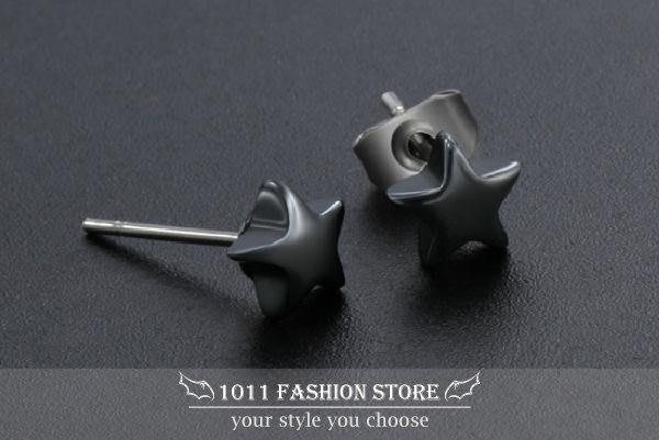簡約 韓系 星星 不鏽鋼 / 西德鋼 / 鈦鋼 男性 女性 耳環 / 耳釦 / 耳釘 ( 搖滾 / 重金屬) E13
