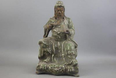 ㊣姥姥的寶藏㊣大清康熙龍泉關公雕塑瓷 古玩