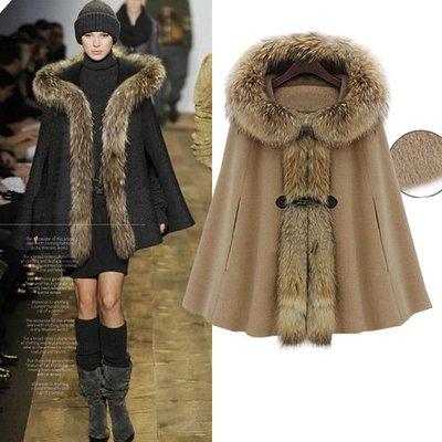羊毛外套風衣外套  歐美風 大毛領 時尚感質感斗篷大衣披風 艾爾莎【TAK8673】