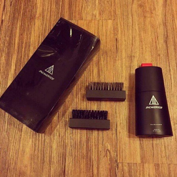 ☆AirRoom☆【現貨】Sneaker Mob Cleaning Kit 一組 附刷子 + 馬毛刷 洗鞋 聖器 免運
