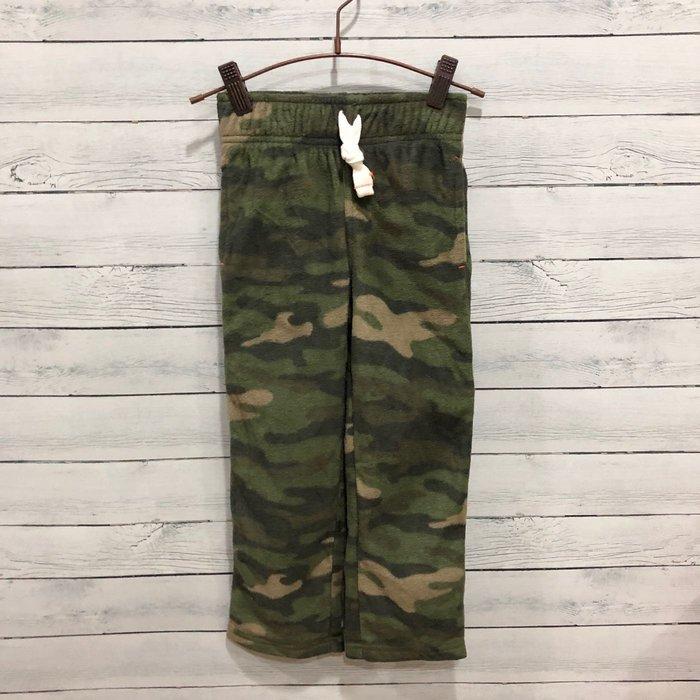 Maple麋鹿小舖 美國購買童裝品牌 carter's 男童迷彩絨長褲 * ( 現貨4T/5號 )