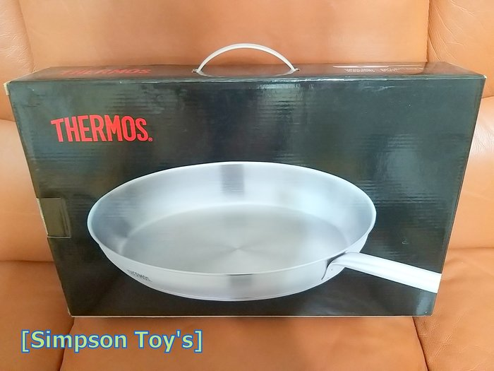 【辛普森娃娃屋】THERMOS膳魔師 容量:3L 直徑:28CM 平底鍋(CW-SP 1803-B)