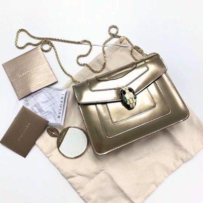 2019新品【現貨在台】BVLGARI專櫃真品SERPENTI FOREVER琺瑯蛇頭鍊帶肩背包 20cm 金色