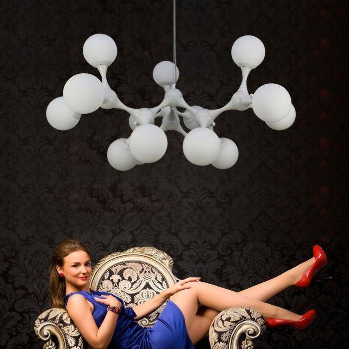 【58街】設計師款式「白色巨大款DNA 吊燈,骨架白色款式」美術燈具。複刻版。GH-205