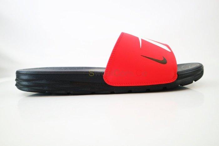 玉米潮流本舖 NIKE BENASSI SOLASOFT NBA 917551-602  黑 紅 火箭隊 拖鞋