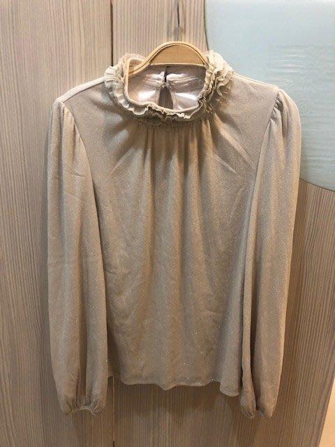 小花別針、專櫃品牌【0918 】金米色內搭蕾絲上衣