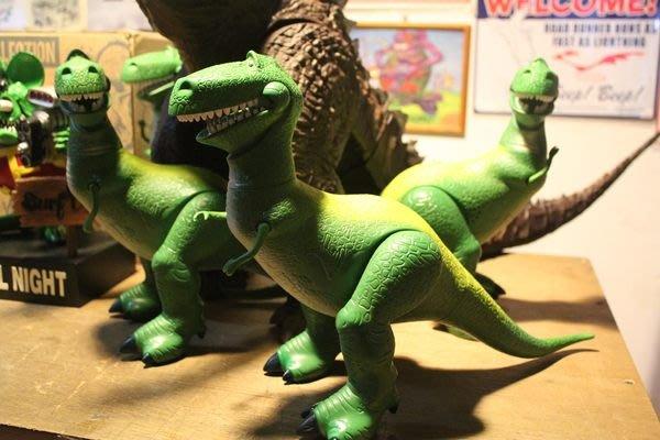 (I LOVE樂多)超大 玩具總動員 抱抱龍 可發聲(5種驚訝聲)可動 送人自收藏兩相宜