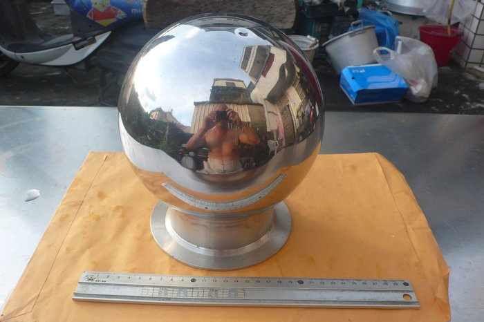 紫色小館89-------早期手工白鐵圓球