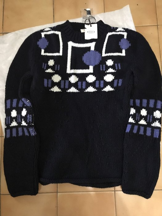 TOD'S_深藍色長袖羊毛衣 ( 90%羊毛 / 10% 喀什米爾羊毛 )~清倉降價~
