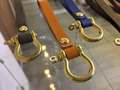 p&j 全牛皮 銅件 機車 鑰匙圈 皮帶環  復古 風 vespa 偉士 triumph 凱旋 哈雷 gogoro 重機