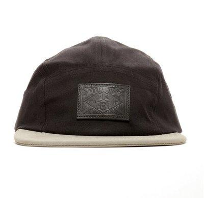 【REBEL8】TRIUMPHANT WE FLY 5 PANEL (黑色)五片帽