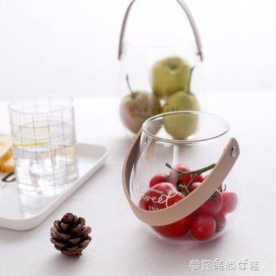 YEAHSHOP 北歐帶提手玻璃花瓶英文字母水培插花瓶創意水果零食收納罐子610676Y185