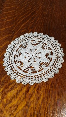 【卡卡頌  歐洲古董】比利時 老件 手鉤 蕾絲 花邊  桌墊  杯墊  F0109✬