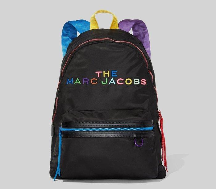 Coco 小舖 MARC JACOBS The Pride Backpack 黑色多彩字體尼龍後背包