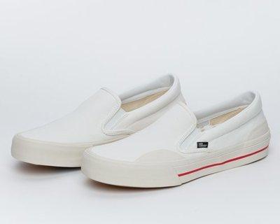 〔Bigforty〕odd CIRKUS - SEESAW SLIP ON PRO WHITE 滑板鞋