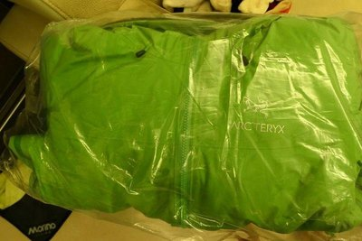 Arc'teryx(始祖鳥) Fission SL Jacket 綠色 全新 防風防潑保暖夾克
