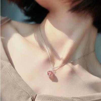 水晶項鏈女鎖骨鏈滿天星鏈925純銀原創轉運草莓晶粉晶 st2186