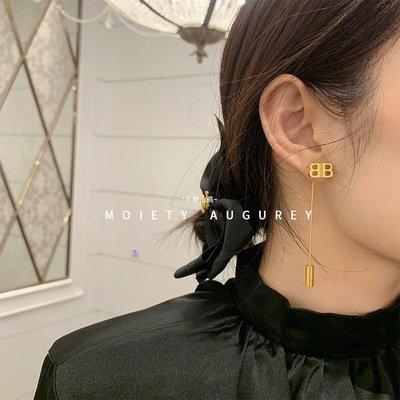 *半糖主義~ MOIETY歐美小眾字母BB兩色耳環設計感時髦街頭高級INS女